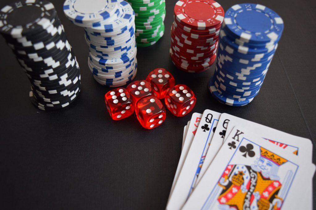 DIY Casino thuis: organiseer een pokeravond zoals in het Casino